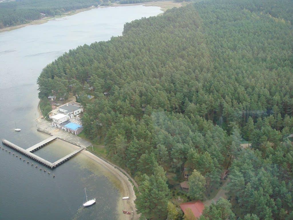 Jezioro Rajgrodzkie. Autor: Czarna Wies Osrodek Kormoran, licencja CCBY-SA3.0